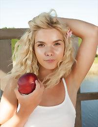 Blonde peach posing naked